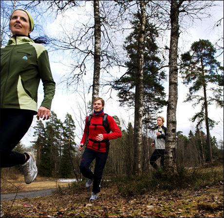 Slik skal det gjøres! Foran Jeanette Johansen fra NIMI. Foto: Line Møller