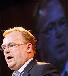 BARE TULL: Per Sandberg mener det bare er tull at Solhjell er glad. Foto: Scanpix