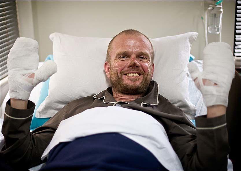 LETTET: Jarle Trå takker klatrevennene for at han er i live. - Jeg hadde ikke overlevd uten dem. Foto: KRISTIAN HELGESEN