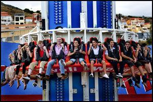 60 METER`N: Karusellen i Tivoli World drar deg først 60 meter rett opp i luften - for så å slippe deg ned i tilnærmet fritt fall. Foto: Geir Olsen