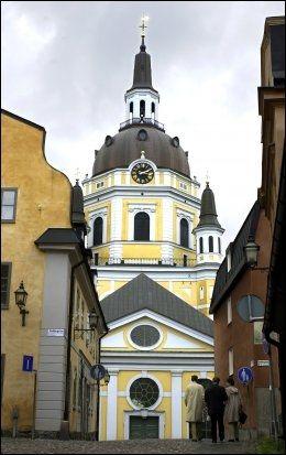 DYRT: I Stockholm har hotellrommene blitt 15 prosent dyrere siden i fjor. Her sees Katarina-kyrkan på Söder i Stockholm. Foto: Geir Carlsson