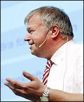 FORNØYD: Bjarne Håkon Hanssen er fornøyd med partiets eldreplan. Foto: Scanpix