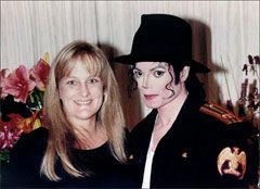 KONE NUMMER TO: Debbie Rowe, som også er mor til to av Jacksons barn. Foto: REUTERS