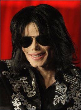 ANNONSERTE KONSERT: Michael Jackson annonserte en serie med konserter i London tidligere i år. Foto: AP