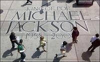 Hele verden gråter for Michael Jackson