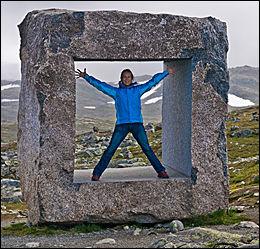 VAKKER NATUR: Denne attraksjonen finner du på Mefjell, på Sognefjellsvegen. Foto: C.H/Innovasjon Norge