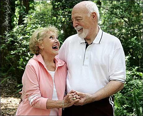 ELDRE: En pille for et lengre liv kan snart bli en realitet. Foto: STOCKXPERT