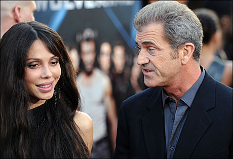 BITTERT BRUDD: Mel Gibson (54) og Oksana Grigorieva (40) på filmprmiere for litt over ett år siden. Foto: AFP