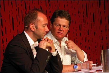 MOTPOLER: Kulturminister Trond Giske (t.v.) møtte Frps Ulf Erik Knudsen til debatt om kulturpolitikk på Litteraturhuset i Oslo 12. mai. Foto: Aftenposten