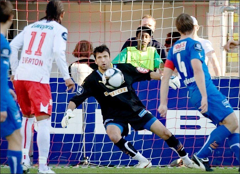 NY KLUBB: Kenny Stamatopoulos skal spille høstsesongen for Fredrikstad. Foto: Scanpix