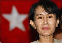 Utsendinger fra USA og Burma møttes