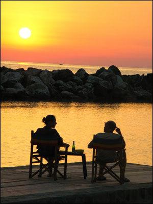 SOLNEDGANG: Marina di Pisa. Foto: Bodil Fagerheim.