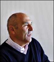 REAGERER: Mangemillionær Arthur Buchardt er lite imponert over Stein Erik Hagen.