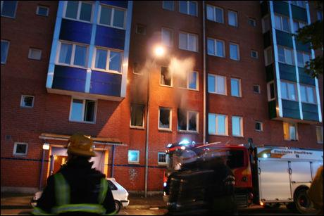 SMELL: Det ble hørt et kraftig smell fra en av leilighetene. Foto: Leo Ahmed/Aftonbladet