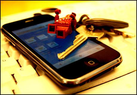 USIKKER: Ifølge sikkerhetsekspert fungerer ikke låsen i iPhone 3GS særlig bra. (Foto: Ole Petter Baugerød Stokke)