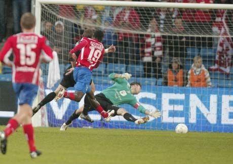 MEGET GOD: Davy Claude Angan imponerte med både scoring og godt spill ellers. Foto: Scanpix