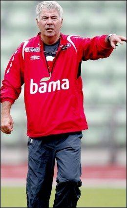 FØLGER MED: - Selv om jeg er blitt 67 år, følger jeg godt med i fotball på høyt nivå, sier Drillo. Foto: Scanpix