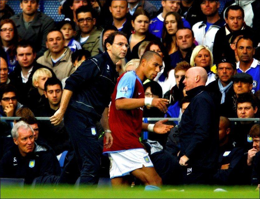 FÅR SKRYT: Manager Martin O'Neill skryter av John Carew foran sesongåpningen. Foto: Fredrik Solstad