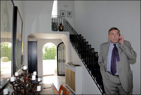 BLE GJEMT HER: Stedfortredende ambassadør Hans Fredrik Lehne i den norske ambassadørens residens i Rabat, der Khalid Skahs barn oppholdt seg i tre døgn før flukten hjem til Norge. Foto: Nina Eirin Rangøy/VG