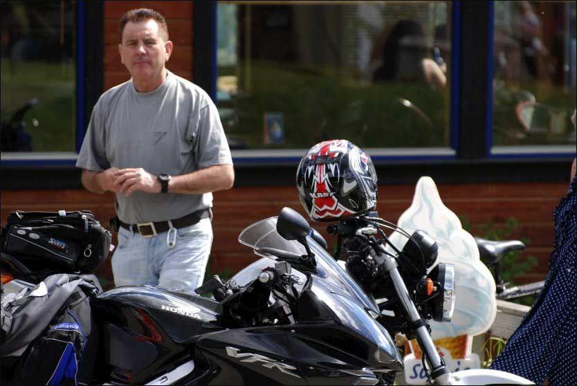 TILTALT: Erik Andersen (57) ble torsdag tiltalt i landets største overgrepssak. I november må han møte i Follo tingrett. Dette bildet ble tatt på Voss sommeren 2007. Foto: Johnny Normann