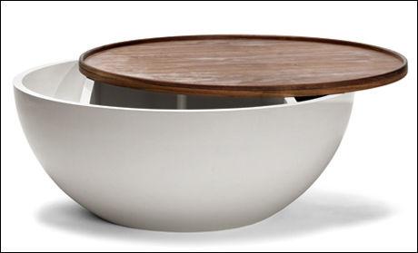 BOWL: Dette bordet fra Bolia har masse lagringsplass til alt rotet man vil gjemme bort i stua. Foto: Bolia