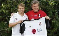Hodgson lover Riise spilletid