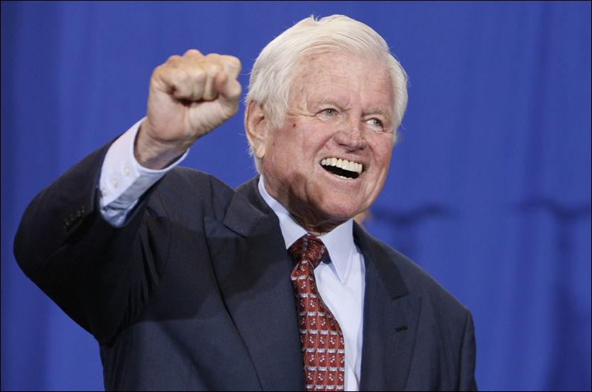 RESPEKTERT: Edward Kennedy, en av USAs mest erfarne og respekterte politikere, døde tirsdag. Foto: AP