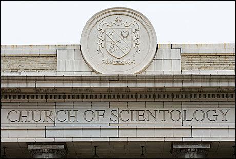 UNDER PRESS: Scientologikirken er under press, også i Frankrike. Her fra kirkens hovedkvarter i Clearwater. Foto: AFP