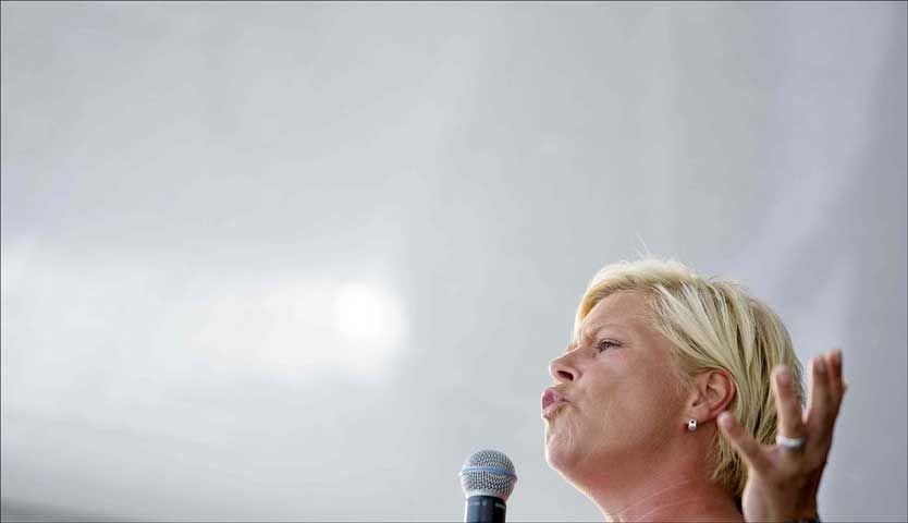VIL FORANDRE NORGE: Frp-formann Siv Jensen lover 101 tiltak som skal forandre Norge dersom hun får regjeringsmakt. Foto: Scanpix