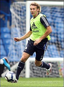 FERDIG I CHELSEA: Andrej Sjevtsjenko har fått beskjed om at han kan forlate Chelsea. Foto: AFP
