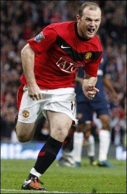 SKAFFET STRAFFE OG SCORET: Manchester Uniteds Wayne Rooney. Foto: AP