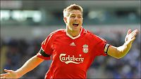 Gerrard reddet Liverpool med supervolley