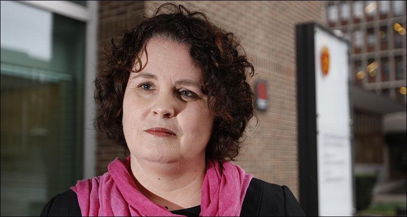 MÅ AVKLARES: Næringsminister Sylvia Brustad sier at det er flere ting som må avklares før hun kan avgjøre om departementet skal betale Kjølls regning. Foto: Scanpix