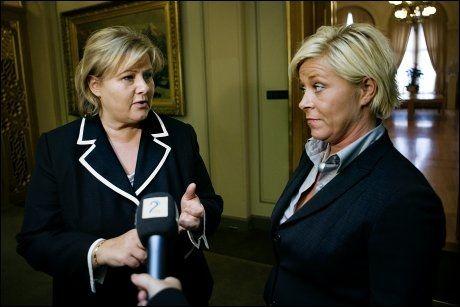 KREVER SVAR: Siv Jensen mener det fortsatt er uklart hvor Høyre og Erna Solberg står i regjeringsspørsmålet. Foto: Scanpix