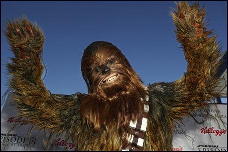NEVNEHELT: Chewbacca fra Star Wars ble Chebacka i Oppegård. Foto: Reuters