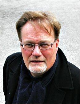 MOTSTANDER: Rolf Reikvam (SV) mener vi ikke kan ha egne lover for asylsøkere. Foto: Arkivfoto: Trond Solberg/VG