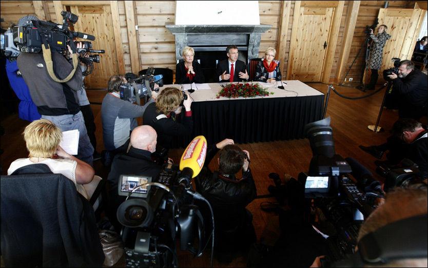 ASYL-UENIGHET: SV-leder Kristin Halvorsen innrømmet at det er uenighet om asylpolitikken da de rødgrønnne presenterte regjeringens planer for de neste fire årene. Foto: Scanpix