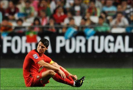 SKADET? ELLER IKKE?: Cristiano Ronaldo kalles inn til landskamp. - Han kan ikke spille, svarer Real Madrid. Foto: AFP