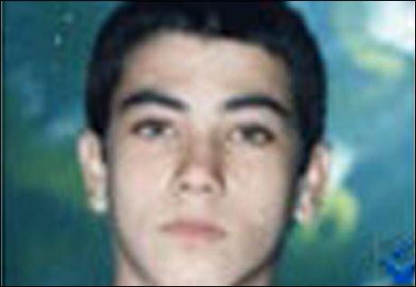 SKAL HENRETTES: Safar Angooti (20) er dømt til døden i Iran. Foto: Iranhr.net