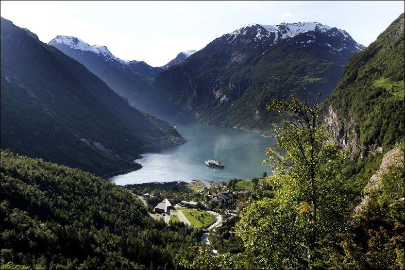IDYLLISK: Geirangerfjorden, trolig den mest kjente av fjordene på vestlandet. Foto: SCANPIX