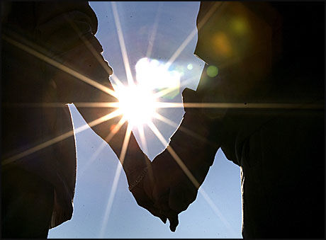 KJERLIGHET UTEN SEX: Det har oppstått nettsamfunn for personer som ser på seg selv som aseksuelle. Foto: Scanpix