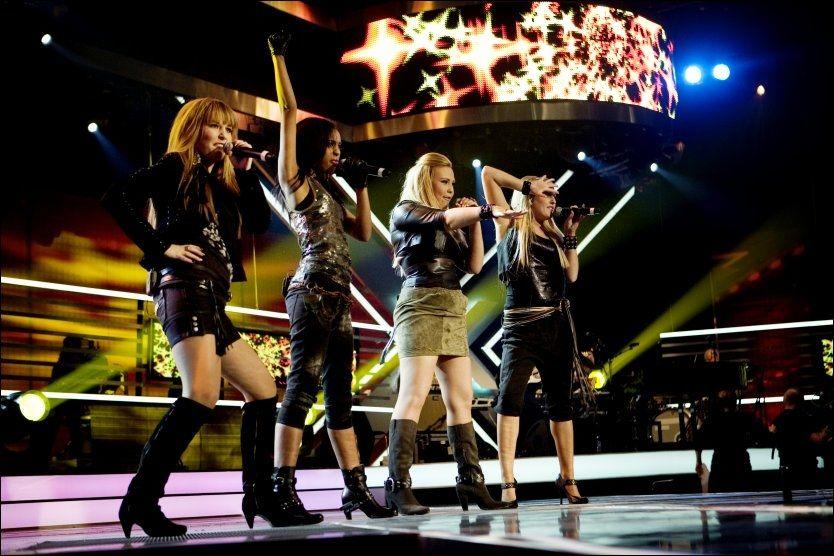 FIKK REVANSJ: Jentegruppa Shackles imponerte dommerne i kveldens X - Factor. Foto: Scanpix