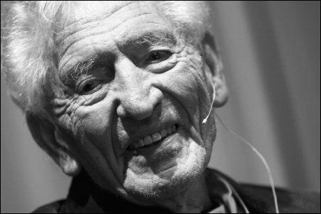PARTIKJEMPE: Haakon Lie ble 103 år gammel. Foto: Lise Åserud/SCANPIX