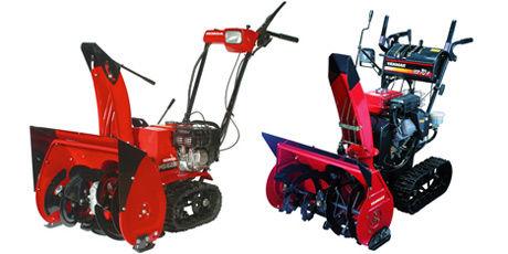 MED BELTER: Honda HS 622TS (18.390 kroner) og Yanmar YSR 70 H-T (36.490 kroner). Begge japanskproduserte maskiner med belter Foto: Produsentene