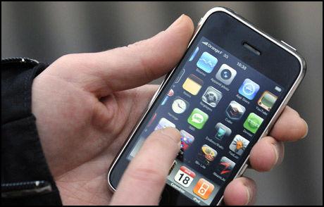 HULL: Dersom det er gjennomført en «jailbreak» kan det være åpne sikkerhetshull på iPhone. Foto: Scanpix