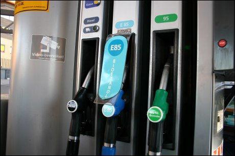 OMSTRIDT: Biodieselavgiften er en betent sak for Stoltenberg-regjeringen. Foto: HANNE HATTREM