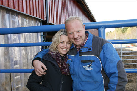 FANT LYKKEN: Clas Ståle Kvisler (37) og Ann-Marie Berge har funnet lykken, men TV 2 vil ikke røpe om Berge svarte ja til frieriet. Etter det VG Nett erfarer var imidlertid svaret positivt Foto: TV 2
