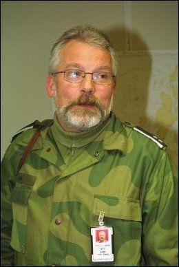 SAMSVARER: Jon Espen Lien, senior talsmann ved Forsvarets operative hovedkvarter i Bodø. Foto: Rune Stoltz Bertinussen