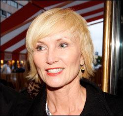 BOKMÅLSKONTAKT: - Jeg har tiltro til at ledelsen vet hva de gjør i Stenvolds tilfelle, sier kollega Nina Owing. Foto: VG