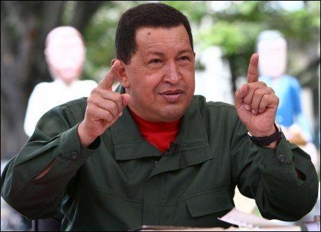 VIL BEKJEMPE DRAP: President Hugo Chavez henvender seg til befolkningen i sitt ukentlige TV- og radioshow denne uken. Foto: AP